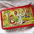 boîte vintage petit chaperon rouge