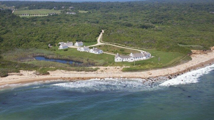 Domaine-de-Andy-Wharol-à-Long-Island-726x408