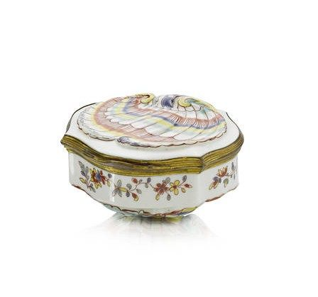 A_Saint_Cloud_gilt_metal_mounted_snuff_box__circa_17402