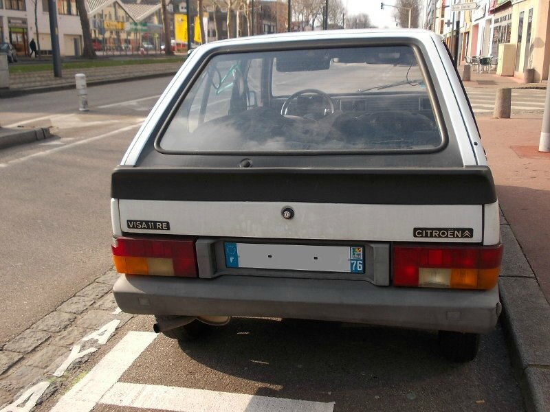 CitroenVisa11Ear