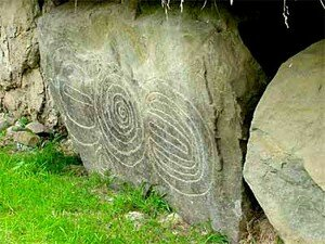 Newgrange_Knowth__22_a