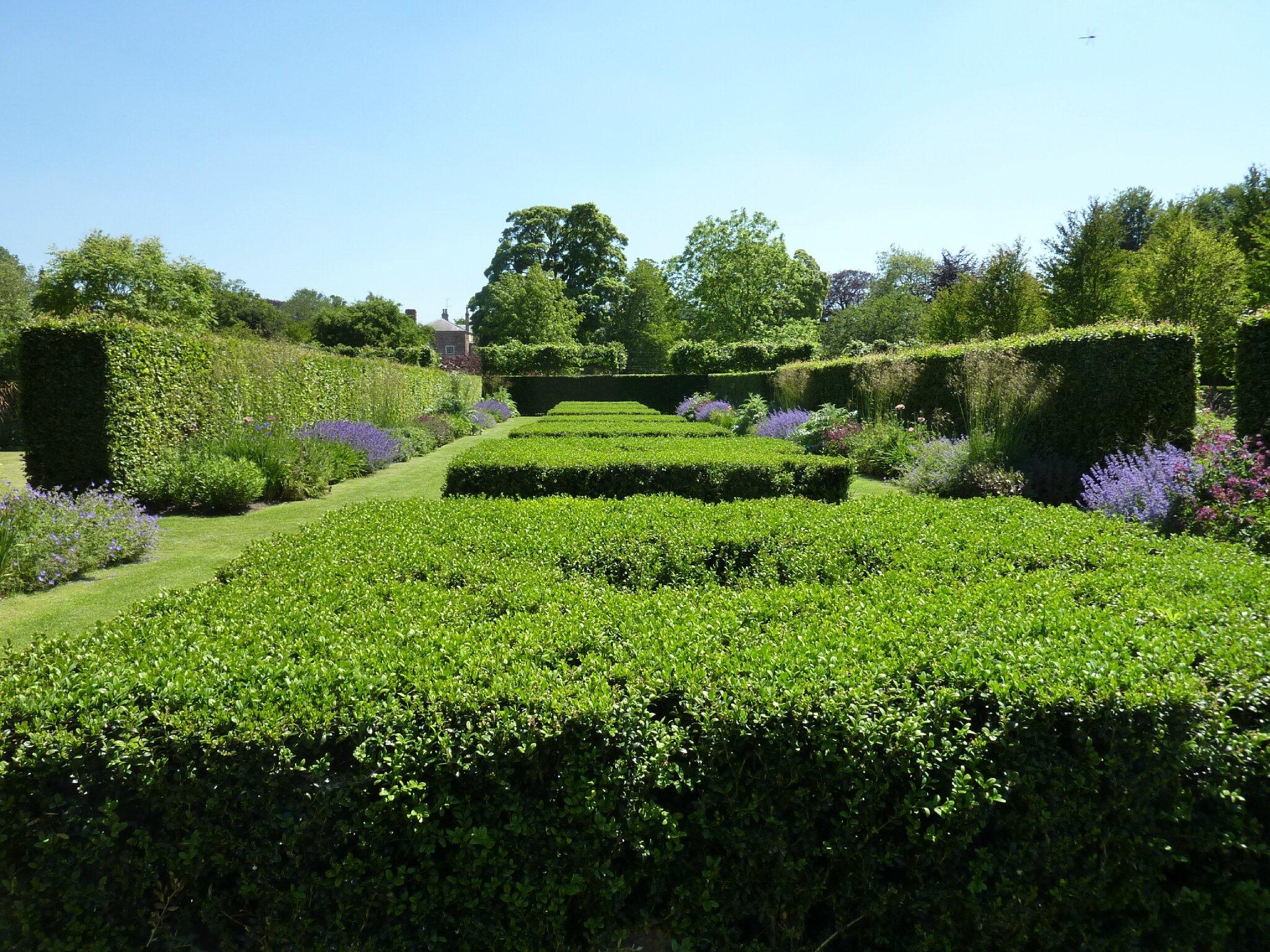 Scampston hall 7 10 le jardin par passion for Scopitone 2015 jardin des plantes