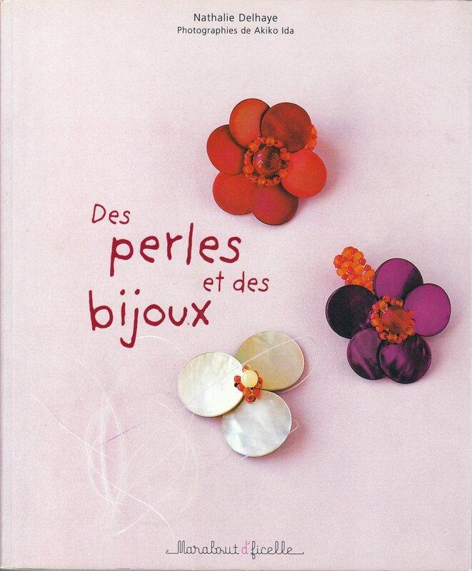 des perles et des bijoux