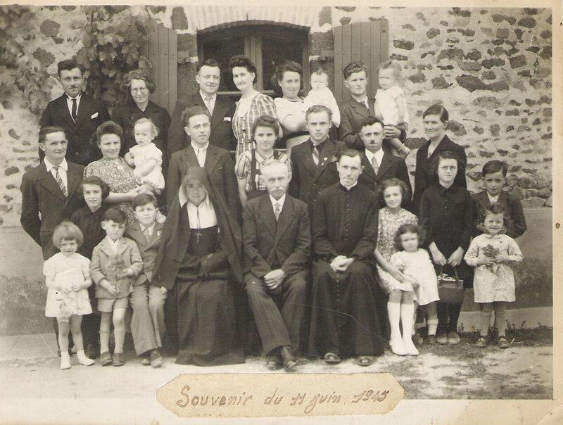 9-famille gd père du 11 06 1945