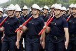la-brigade-des-sapeurs-pompiers-de-paris-pendant-les-repetitions-du-defile-du-14-juillet-a-satory