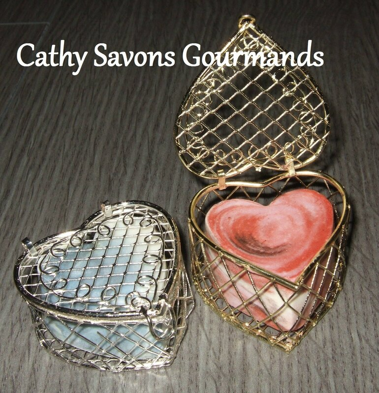 cathy savons gourmands - coffret coeur metal
