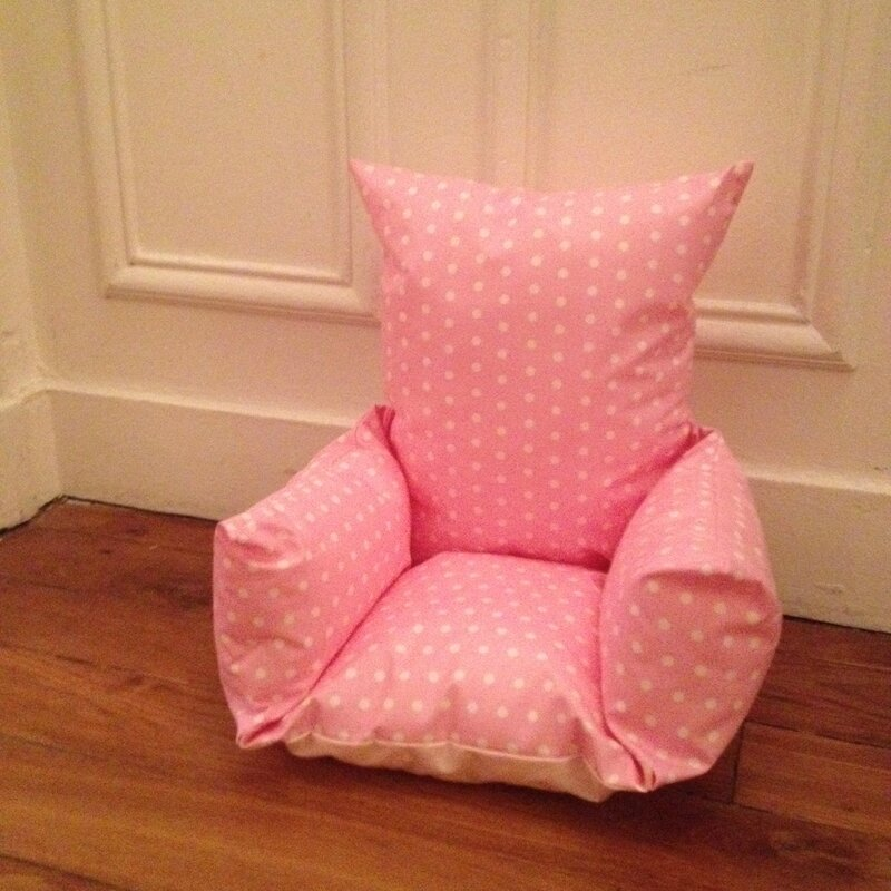 coussin chaise haute rose pois blanc