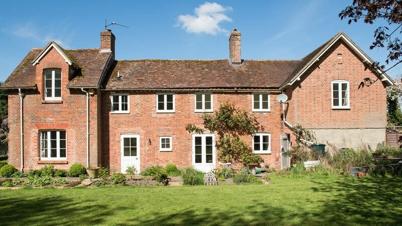 Brook-Lodge-SO24-other-uk-houses-027-1200x675