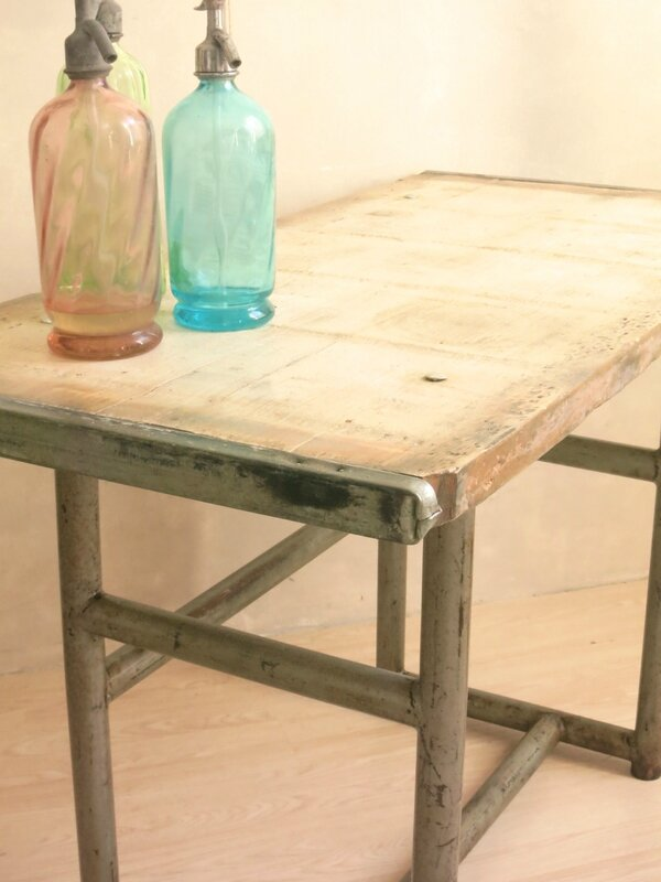 Table indistriel 2