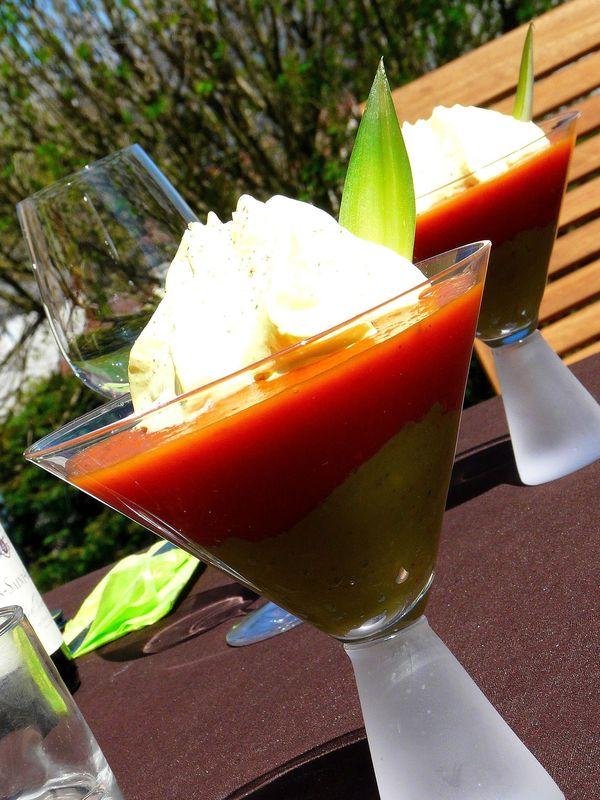 02 Entrées froides - Velouté de tomates à l'ananas avec guacamole et chantilly au curry 1