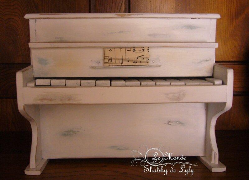 piano sur étagère
