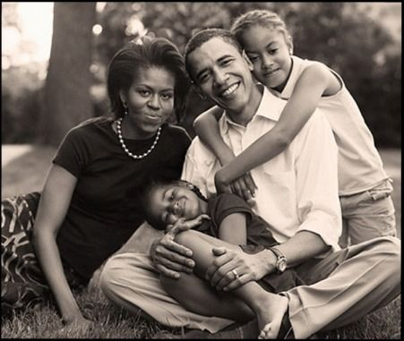 obama-barack-michelle-kids-girls-family