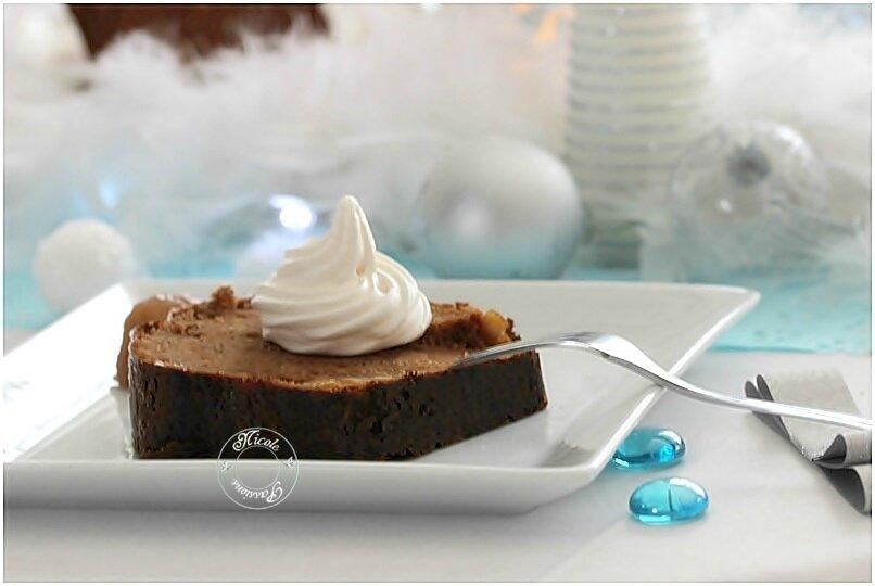 Gâteau crème de marron et farine de châtaignes, fruits confits citron et orange....Un délice! Un moelleux incomparable...