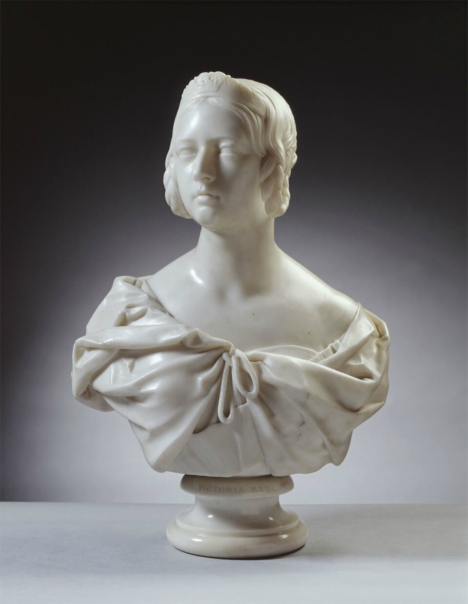Tate opens exhibition devoted to the sculpture produced during Queen Victoria's reign