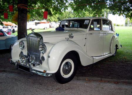 Bentley_MK_VI_de_1949_01