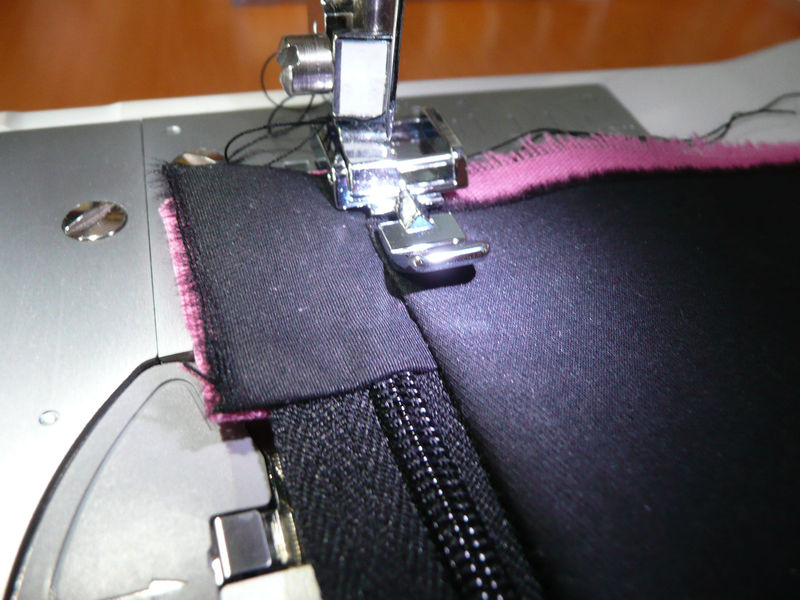 comment coudre une pochette zippee