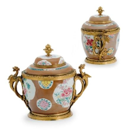 A_FINE_AND_RARE_PAIR_OF_EARLY_LOUIS_XV_ORMOLU_MOUNTED_CHINESEA_FINE_AND_RARE_PAIR_OF_EARLY_LOUIS_XV_ORMOLU_MOUNTED_CHINESE