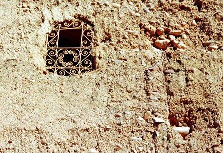 fnêtre-muraille-kasbah