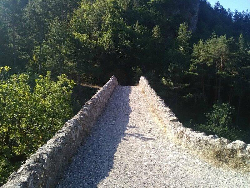 vers pont reine jeanne (8)