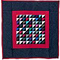02-Quilts Amish