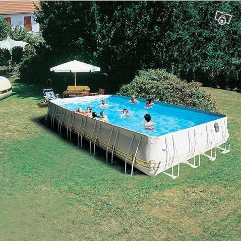 Piscine zodiac pierre for Zodiac piscine