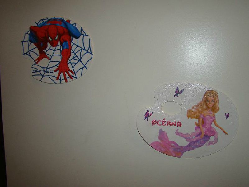 plaque barbie et spiderman