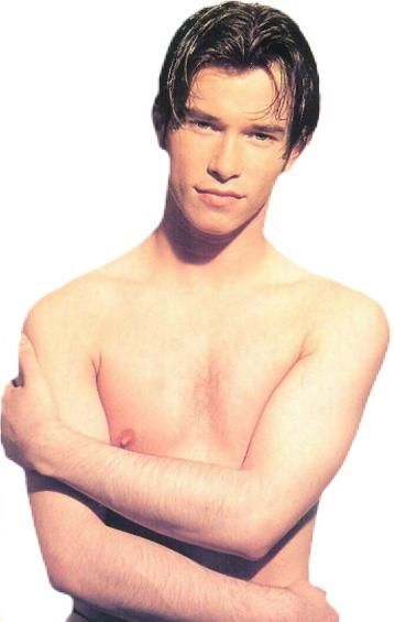 11/10 STEPHEN GATELY