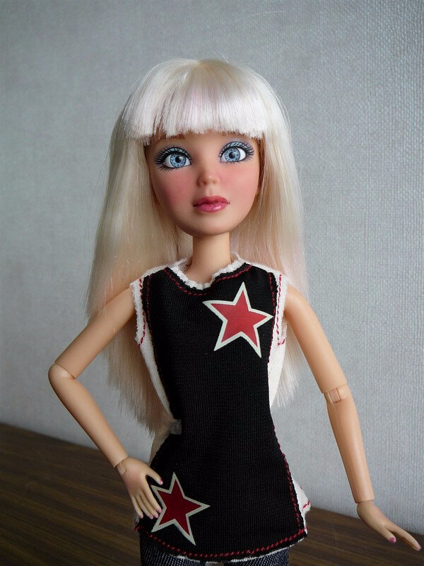 02 Sophie blonde relookée