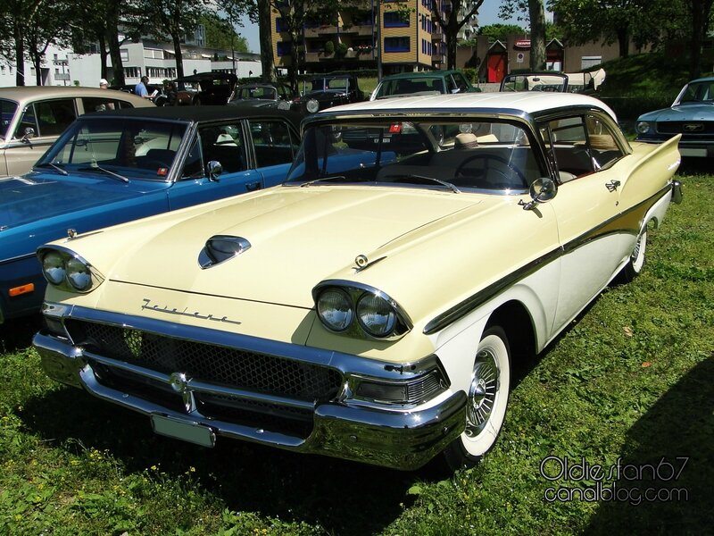 ford-fairlane-500-victoria-coupe-1958-01