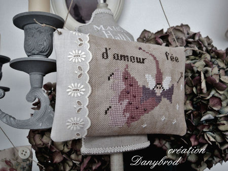 fee_d__amour