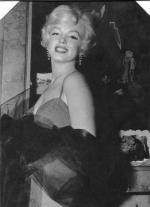 mm_dress-moore_red-1958-07-10-gigi-1