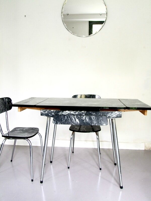 Table_formica
