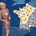 Evelyne dhéliat portant du cuir:jupe, tailleur, pantalon.