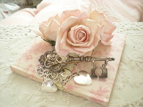 hearts-key-lace-pink-rose-Favim