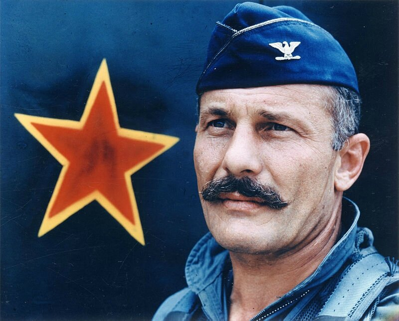 Col_Robin_Olds_epic_mustache