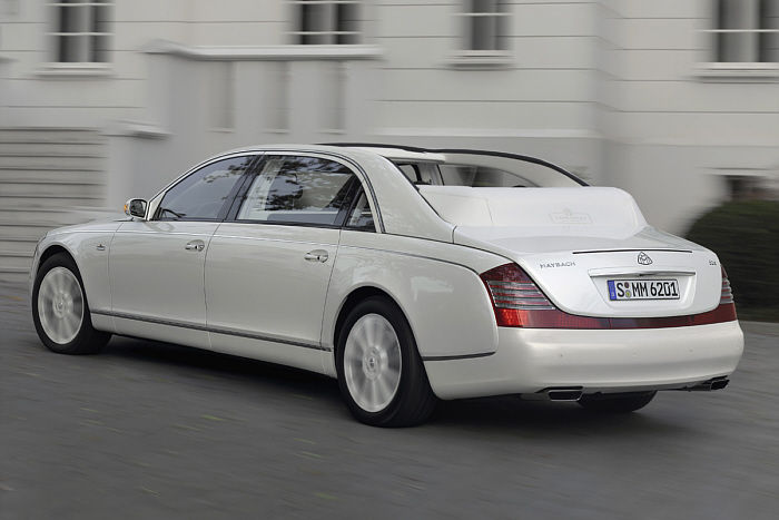 maybach landaulet mon ptit chez moi sur le net. Black Bedroom Furniture Sets. Home Design Ideas