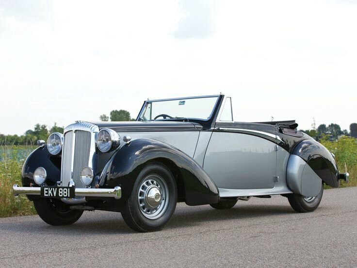 1939 Daimler DB18 Drophead Coupé by Carlton