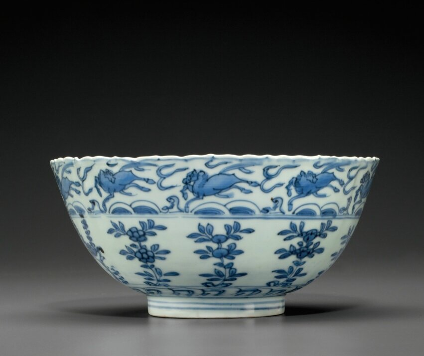 A blue and white bowl, Wanli period (1573-1619)