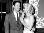 1953_win_Archerd__gossip_columnist_with_Marilyn_Monroe_in_1953