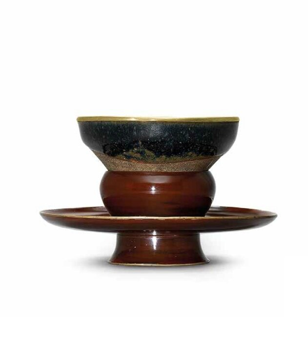 A Jian tea bowl and a brown lacquer bowl stand, Song dynasty (960-1279)