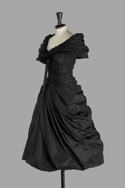 christian-dior-haute-couture-1957-modele-zerline-1370252522360278