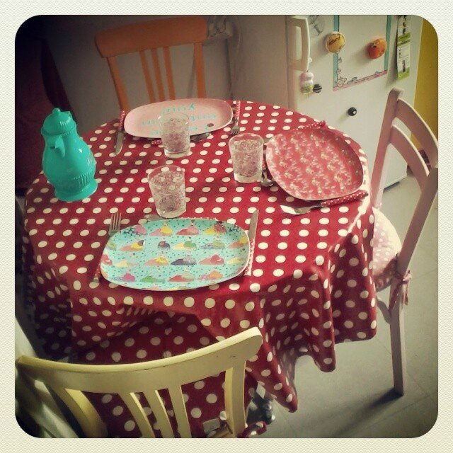 nappe pois table cuisine girly vaiselle rice