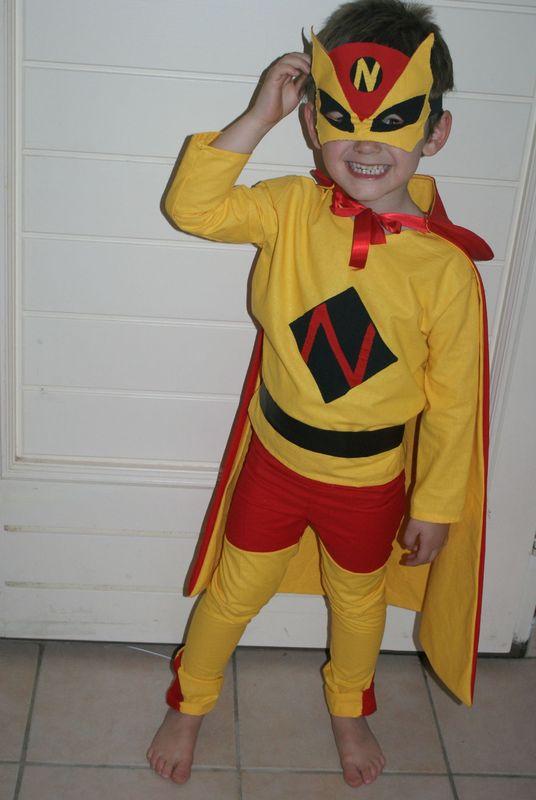 D guisement de carnaval super h ros tazzounette compagnie - Super heros deguisement ...