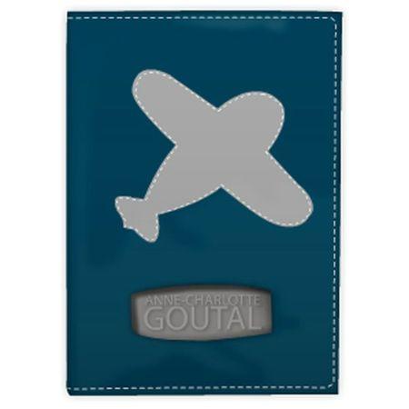 anne-charlotte-goutal-protege-passeport-marine-et-gris