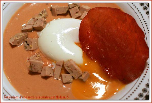 Crème potimarron-châtaignes, oeuf mollet, foie gras, bressaola 015