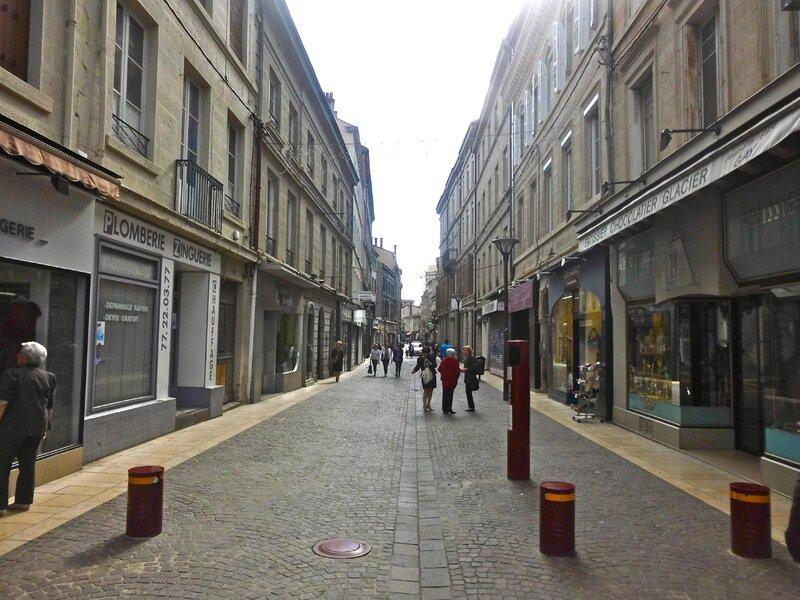rue de la République 9 mai 2015 à 17h08