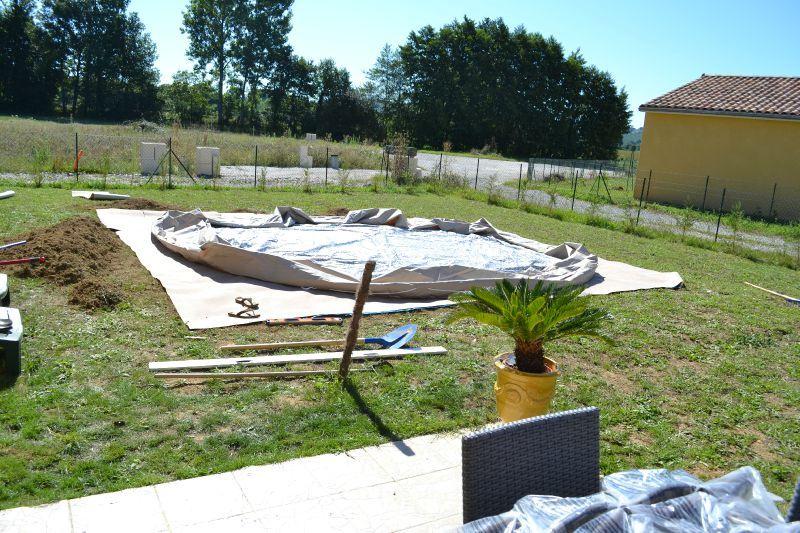 Etape 2 pr paration sol piscine construction de notre - Preparation accouchement piscine ...