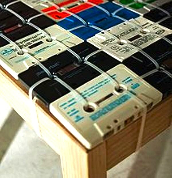 cassette-tape-chair-design_37512