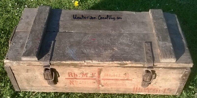 caisse pour des Obus Pigeons M1915 d'exercice