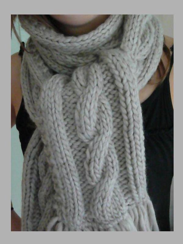 apprendre a tricoter une echarpe torsade